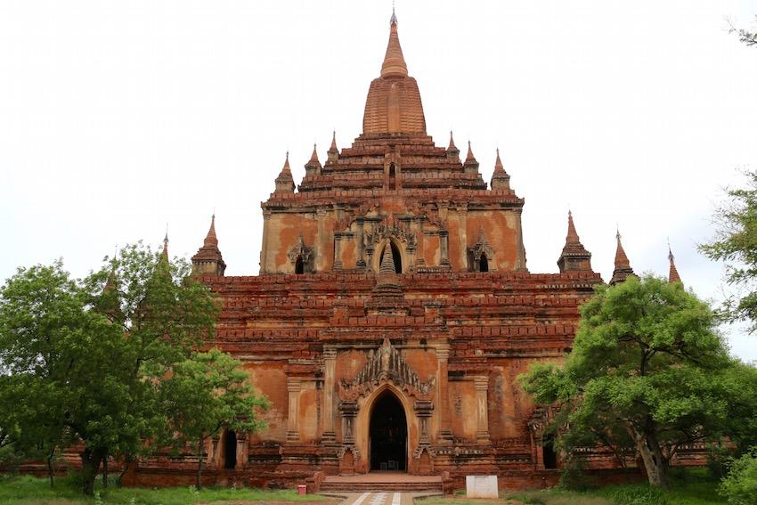 バガン遺跡「スラマニ寺院」王朝の繁栄期に建立された優美な寺院