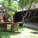 【The Black Bamboo】ガーデンテラスが素敵なカフェレストラン(Bagan/バガン)