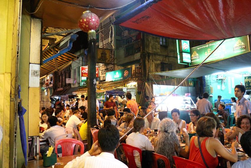 【SHWE MINGALAR Restaurant】19thストリートの中華料理レストラン(Yangon/ヤンゴン)