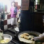 【店名不明】路地裏の気になるお店へ!ローカルな味わいを楽しもう(Kolkata/コルカタ)