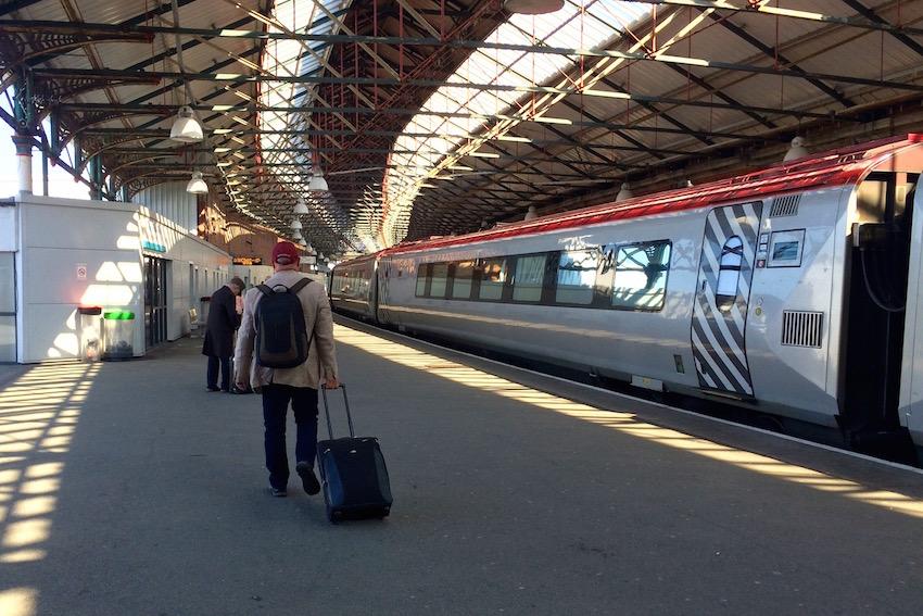 [チェルトナム→ホリーヘッド] ダブリン行きのフェリーターミナルまで鉄道で移動しよう