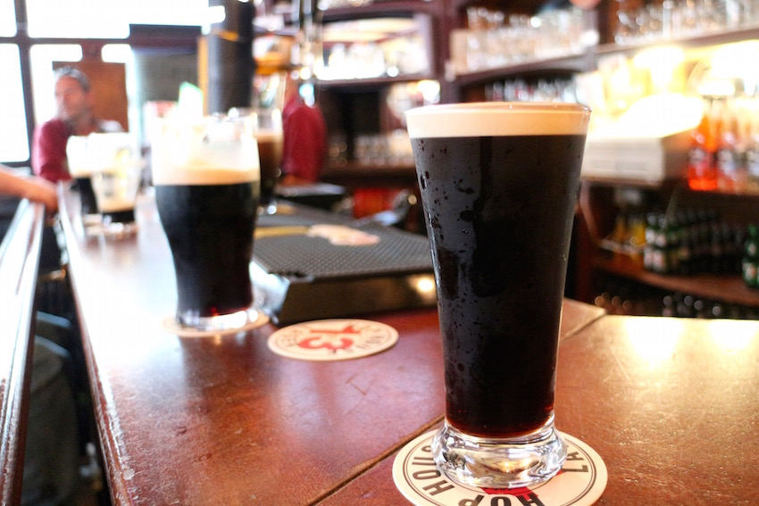 【Mother Kelly's】ギネスvsビーミッシュ!ゲール魂が込められた一杯の出会い(Dublin/ダブリン)