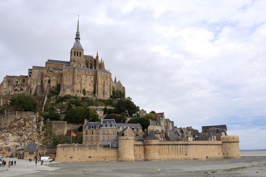 「モン・サン=ミッシェル」圧倒される神秘的な美しさと激動の歴史