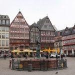 「レーマー広場」フランクフルト旧市街の中心にある街のシンボル
