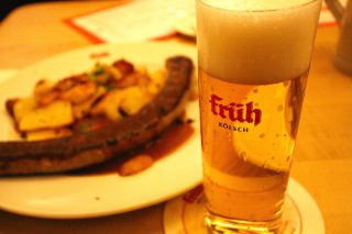 【Früh am Dom】本場のケルシュを楽しめる醸造所直営レストラン(Köln/ケルン)