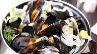 【Chez Rini】ベルギー名物!ムール貝の白ワイン蒸しが美味しい魚屋さん併設のレストラン(Antwerp/アントワープ)